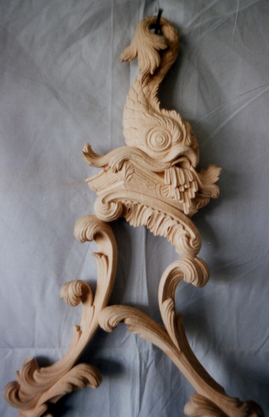 Close up detail of the carving to the mirror top - mirror top wood carving girondelle