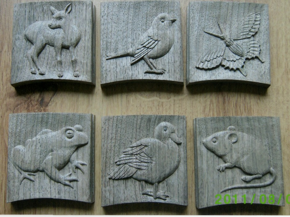 Fawn, Bird, Butteryfly, Frog, Duck and Mouse carved plaques - fawn bird duck mouse butterfly cavrings