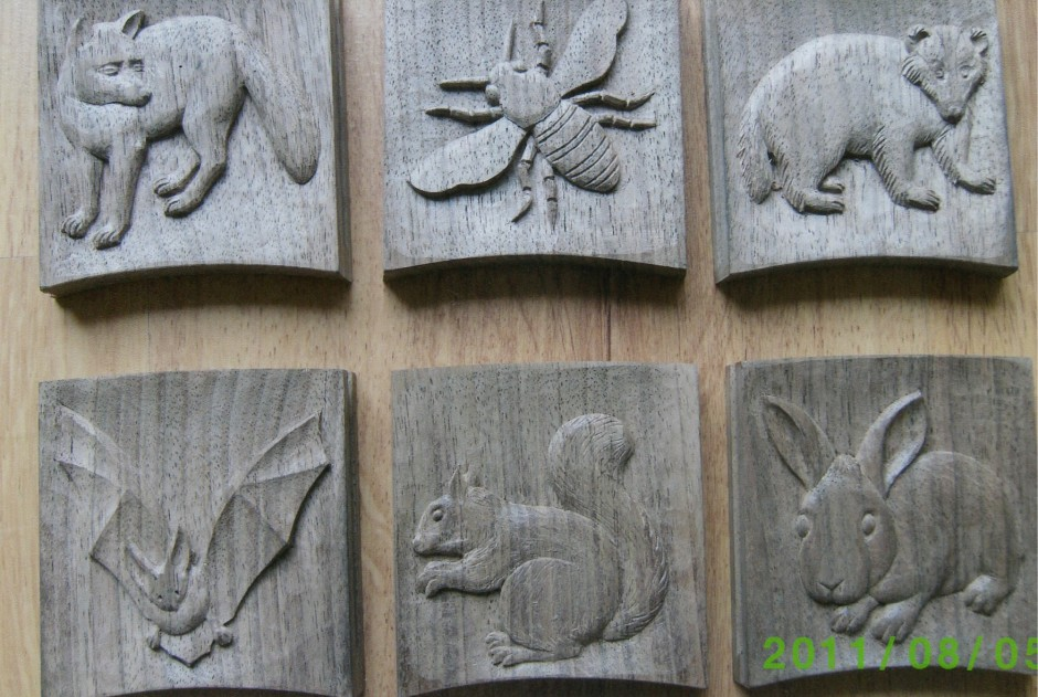 Fox, Bee, Bat, Squirrel, Rabbit carved wildflife plaques - wildlife animal plaques